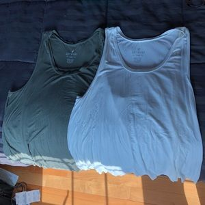 American Eagle women's tank tops
